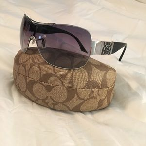 "Coach ""Hazel"" Sunglasses 😎"